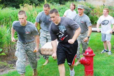 Cadets Denna, Scott, Zastany and Reo race to the finish of the third challenge during last year's ROTC Confidence Course Aug. 27, 2009.