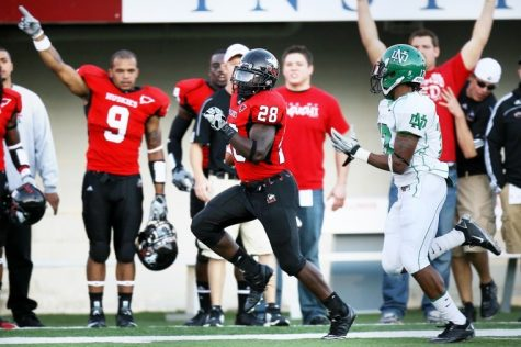 NIU running back Chad Spann broke off a 79-yard touchdown run on the first play from scrimmage in Saturday's 23-17 win.