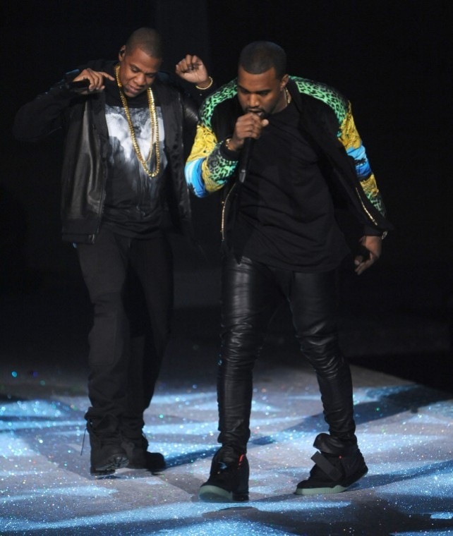 Jay-Z+%2Cleft%2C+and+Kanye+West+perform+during+the+Victoria%27s+Secret%0Afashion+show+in+New+York%2C+Wednesday%2C+Nov.+9%2C+2011.%0A