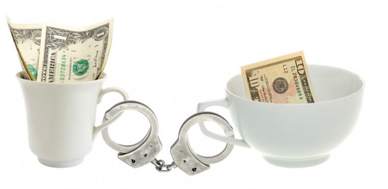 Coffee+fund+investigation+leads+to+arrest+warrants+for+nine+current+%26amp%3B+former+NIU+employees