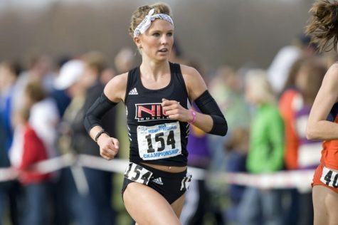 NIU's Courtney Oldenburg keeps her pace at the NCAA Midwest Regional last fall.
