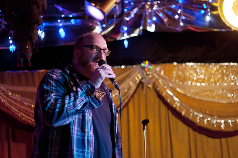 Comedian+Brian+Posehn+performs+his+stand-up+comedy+act+at+the+House+Cafe+on+Friday+night.+His+stand-up+focused+on+personal+anecedotes+and+his+love+for+all+things+nerdy%2C+particularly+Star+Wars.%0A