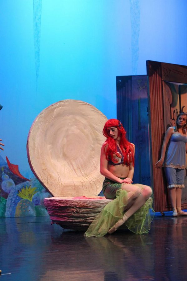 Becky+Baert+poses+as+Ariel+from+Disney%E2%80%99s+%E2%80%9CThe+Little+Mermaid%E2%80%9D+as+she+danced+her+story+Sunday+at+the+Egyptian+Theatre%2C+135+N.+Second+St.