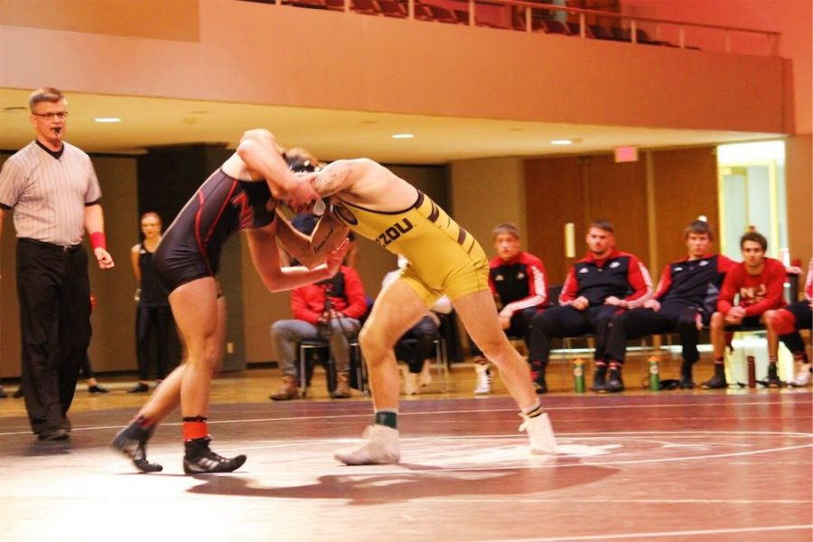 Wrestling finishes sixth in MAC Championships while qualifying two for NCAA