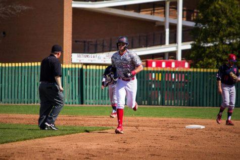 Baseball drops high-scoring series to Kent State