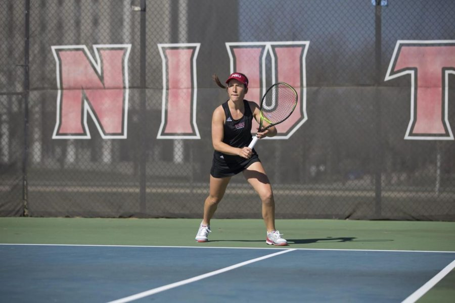 Womens Tennis ends season with a 0-7 loss to Ball State