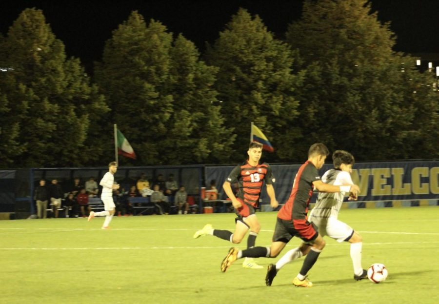 Men's soccer concedes three after scoring first in loss to Marquette