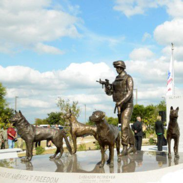 Library to host talk on Dogs from World War II
