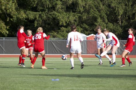 Huskies draw in double overtime, Donnally once again spectacular