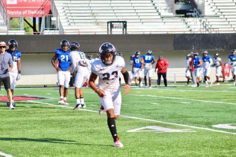 Redshirt sophomore cornerback Jalen McKie running Tuesday Oct. 1 during practice at Huskie Stadium in DeKalb.