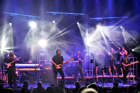 The tribute group Think Floyd USA will perform the songs of Pink Floyd including the entire album