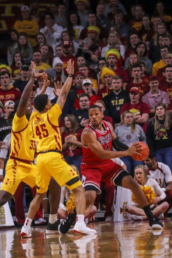 Redshirt+senior+Lacey+James+looks+for+an+open+teammate+Tuesday+during+NIU%27s+70-52+loss+to+Iowa+State+University+at+the+James+H.+Hilton+Coliseum+in+Ames%2C+Iowa.