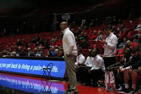 Some NIU Athletics employees to see pay cuts due to pandemic