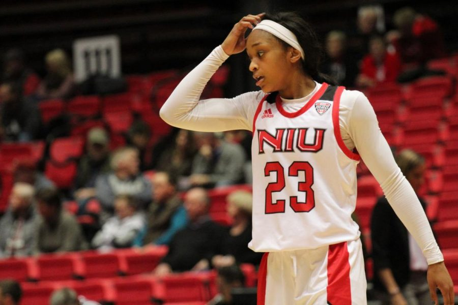 First-year+guard+Myia+Starks+Jan.+15+during+NIU%27s+79-71+loss+to+Kent+State+University+at+the+Convocation+Center.