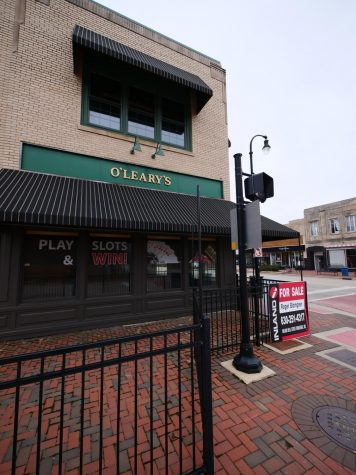 O'Leary's Irish Pub and Grill stands empty in downtown DeKalb.