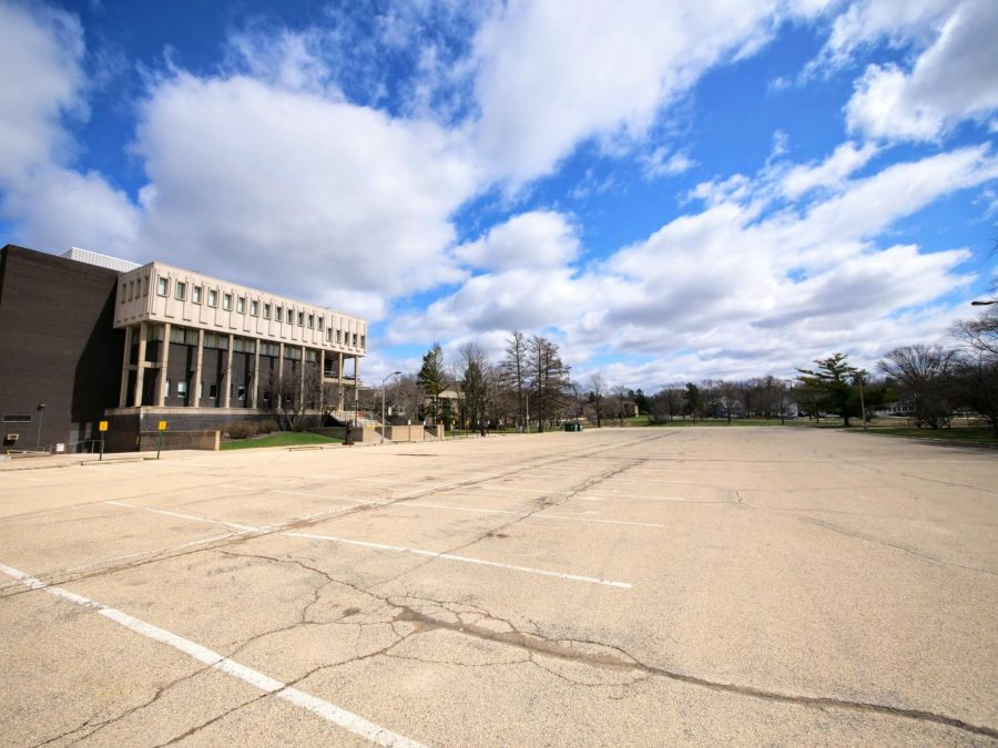 Faculty/Staff Lot 3 remains vacant Monday.