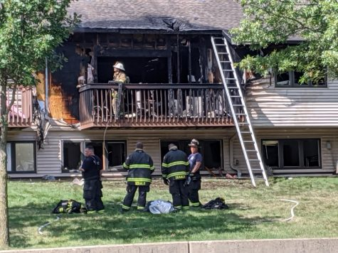 Fire departments respond to apartment fire on Deerpath Lane East