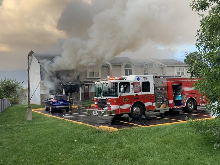 Multiple+fire+departments+respond+to+apartment+fire+on+Hillcrest+Drive