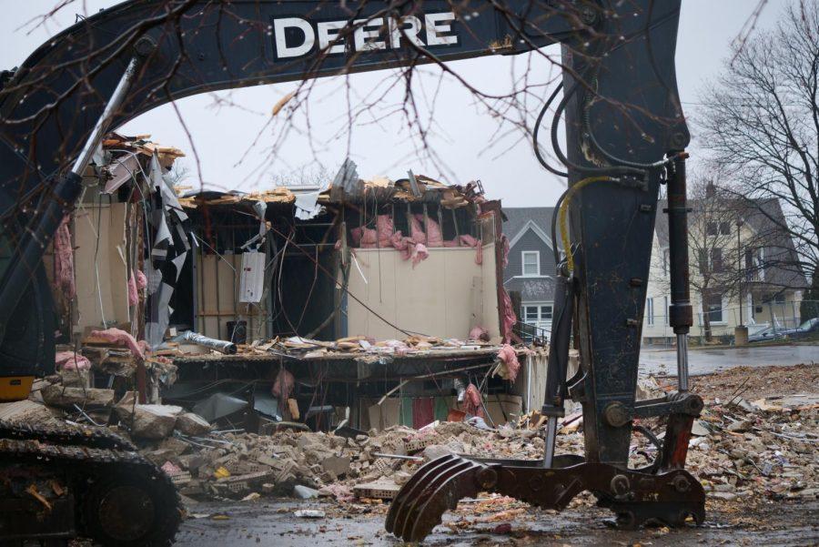 Former DeKalb clinic at 217 Franklin St. being demolished Nov. 24.