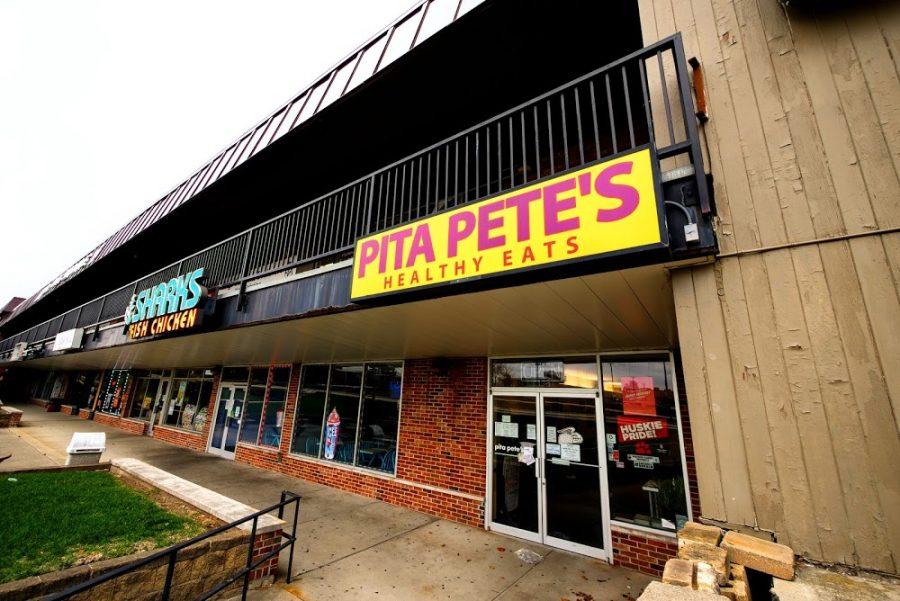 Pita Pete's, 901 Lucinda Ave