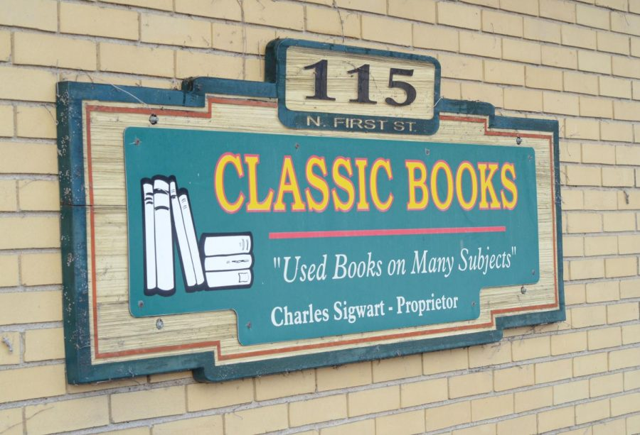 Store sign outside of Classic Books.