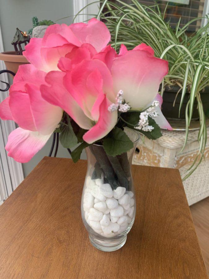 Floral vase DIY perfect for spring