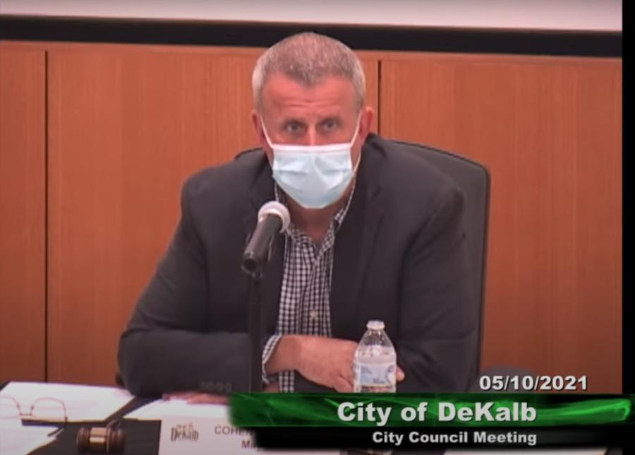 DeKalb+Mayor+Cohen+Barnes+at+the+May+10+City+Council+meeting.+