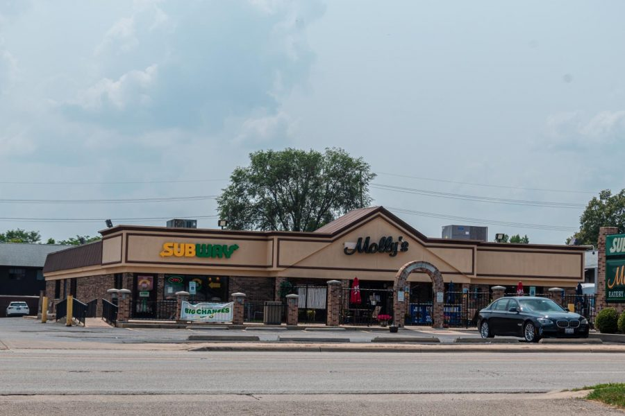 Mollys Eatery and Drinkery, 100 W. Lincoln Highway, hosts events and has arcade games available.
