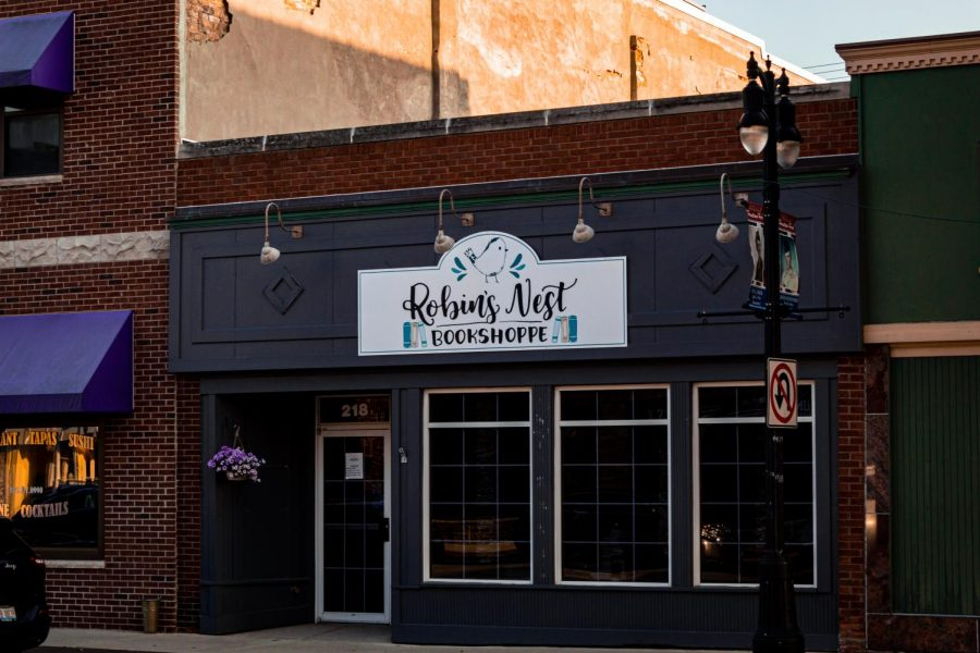 Robin's Nest Bookshoppe is located at 218 E. Lincoln Highway.