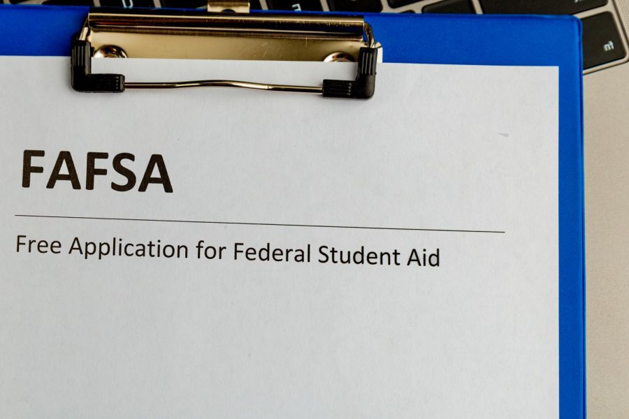 The+Free+Application+for+Federal+Student+Aid+is+now+open.