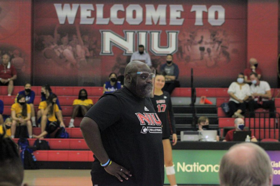 NIU+Volleyball+head+coach+Ray+Gooden+watches+on+during+NIUs+game+against+Western+Illinois+on+Aug.+27+at+Victor+E.+Court.+The+Huskies+sit+at+2-2+heading+into+a+home+matchup+with+EIU+on+Saturday.